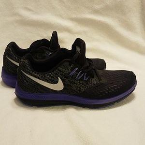 Nike sneaker (ladies)